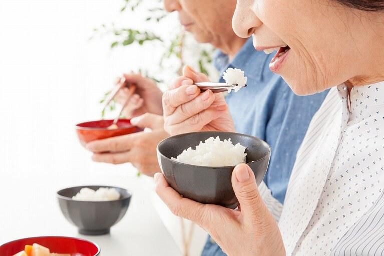 よく噛んで唾液をよく出す習慣づけ